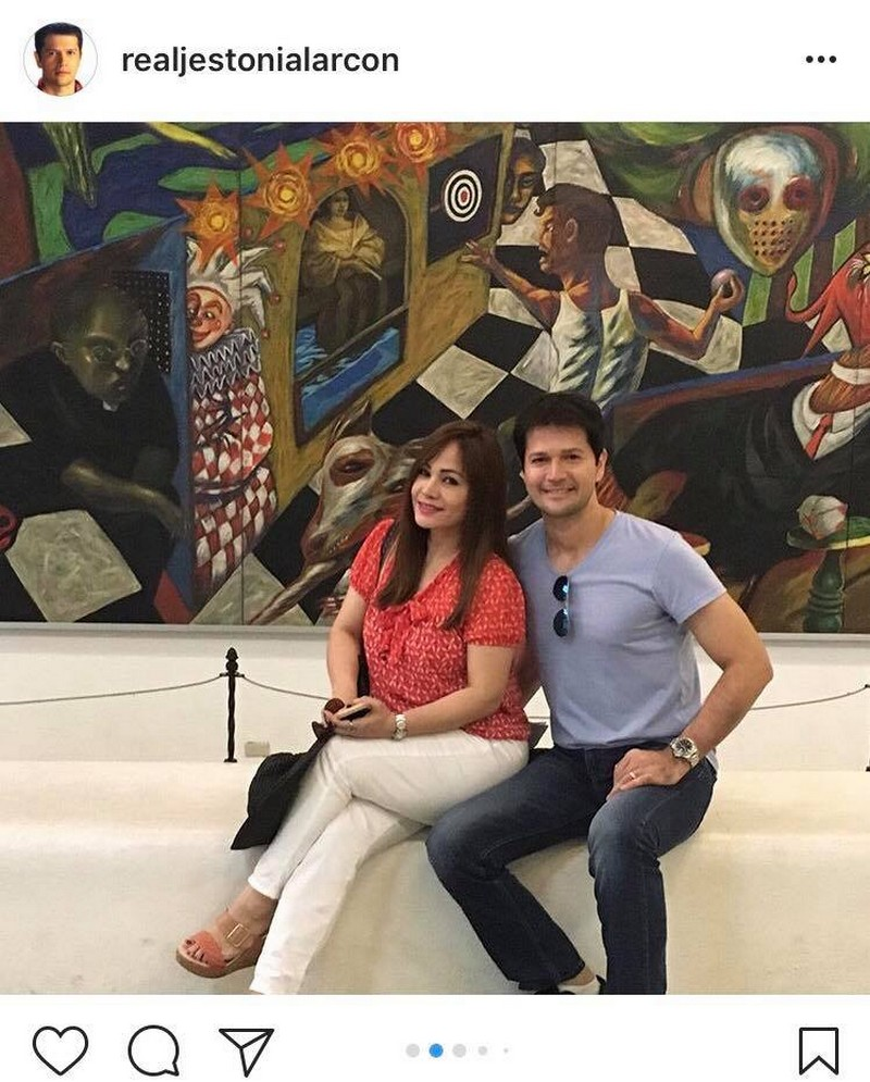 LOOK: 33 Photos of Jestoni Alarcon with his forever love!